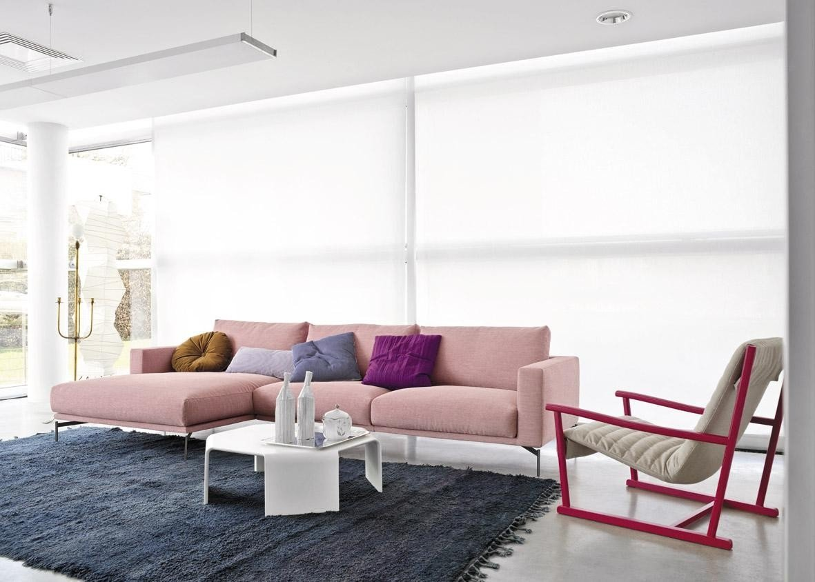 violetine-spalva-interjere-77008611
