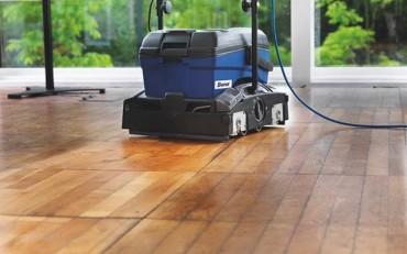 grindų valymas